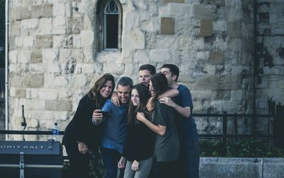 How To Maintain a Long Distance Relationship With Family