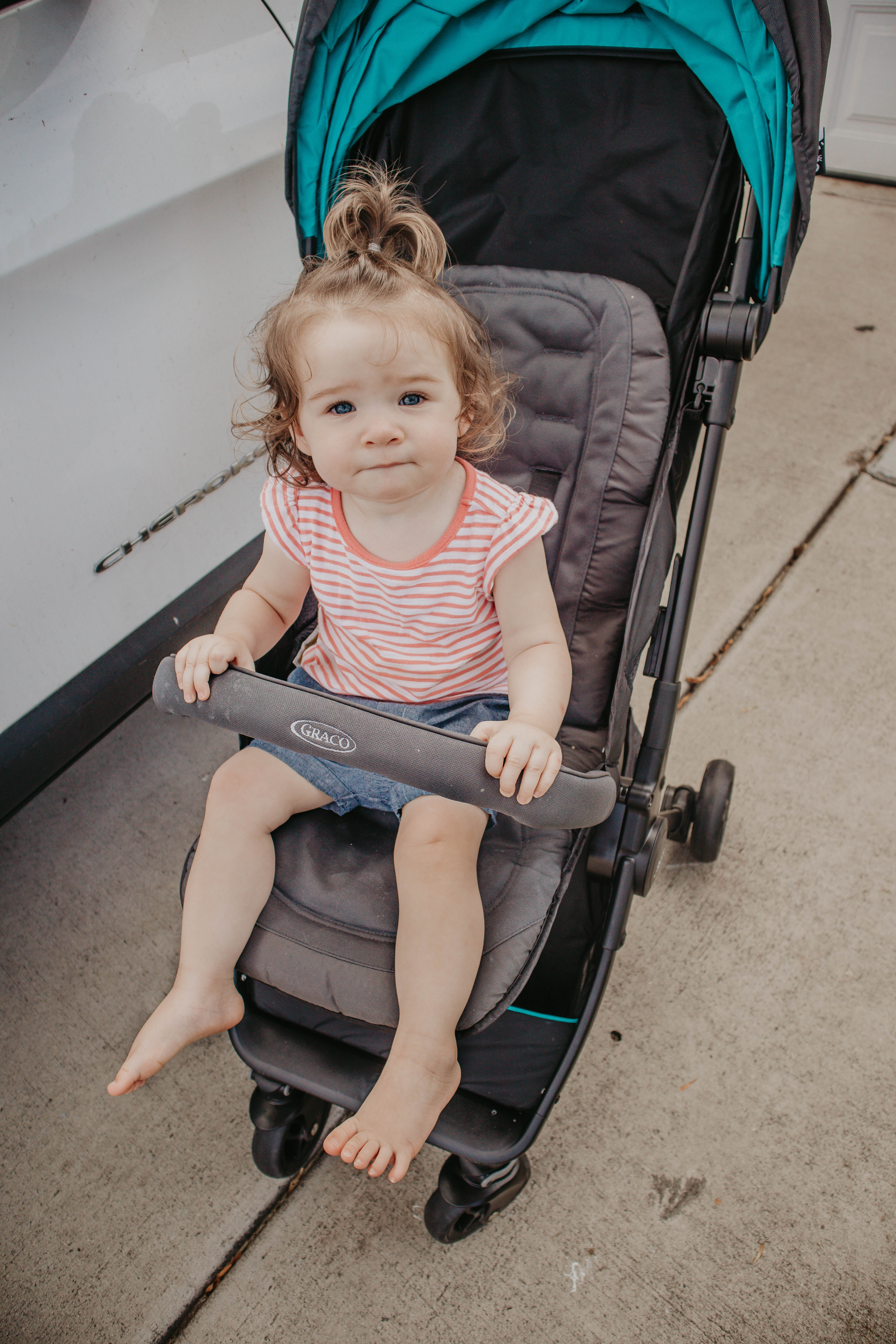 The Ultimate Guide To Flying Solo With A Toddler   MainelyKeating.com