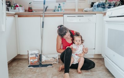 How To Keep A Clean House With Kids and Pets