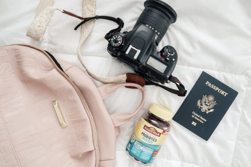 5 Easy Ways To Stay Healthy While Traveling