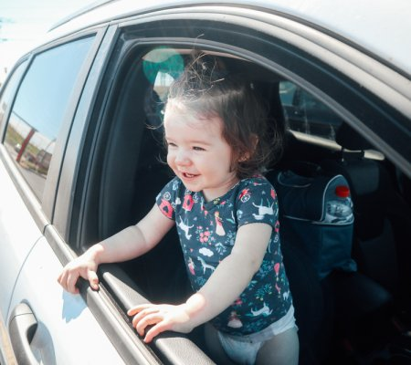 How to Survive A Road Trip With A Toddler [Without Electronics!]